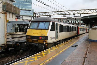 90009 1116/9P90 Liverpool Street-Norwich at Stratford