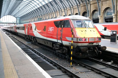 82222_91115 1306/1N85 Kings Cross-York