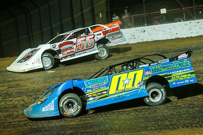 Jesse Stovall (00) and Tony Jackson, Jr. (56)