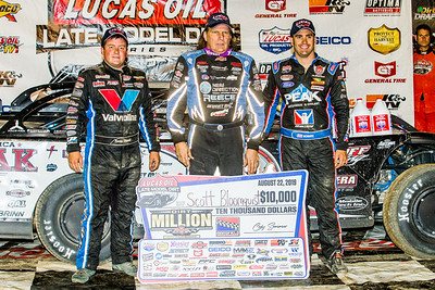Brandon Sheppard (L), Scott Bloomquist (C) and Josh Richards (14)