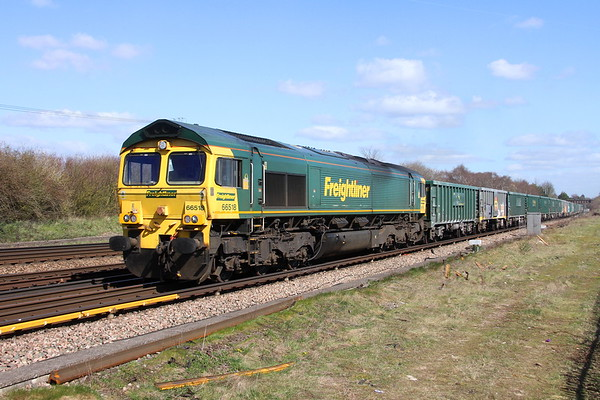 66518 Worting Junction 25/03/19 4O66 Guide Bridge to Southampton Millbrook with more wagons for checking over the Axle equipment at Swaythling