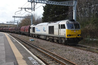 5 March 2019 :: The train is now re formed and will be taken into Swindon yard for the locomotive to run round prior to departing for Toton via the Golden Valley line.  I understand that this train will run again in 2 weeks time (with a Class 60) so might be worth a look on 19 March