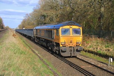 66704 Oakley 26/03/19 4Y19 Mountfield to Southampton Western Docks