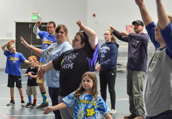 MET 032119 Happiness Bag Dance