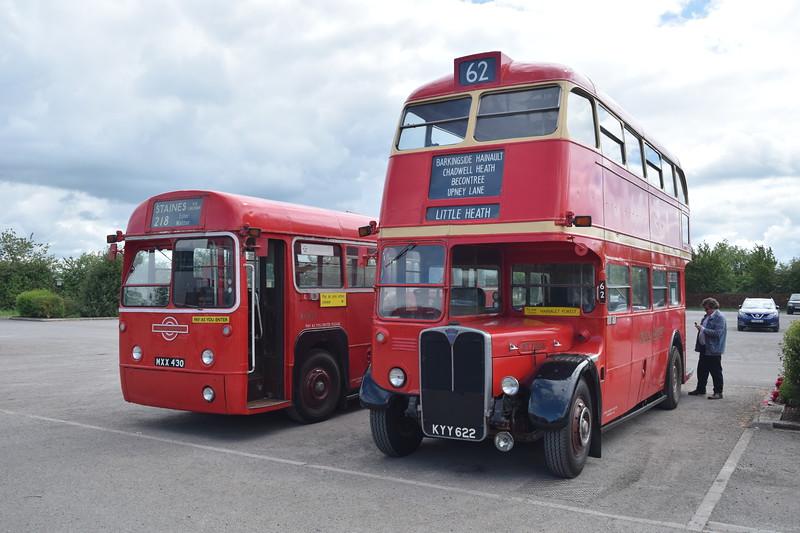 Park Royal AEC RT KYY622 RT1784 with Metro Cammell AEC Regal IV MXX430 RF453 at the Buckinghamshire Railway Centre bus rally, 27.05.2019.