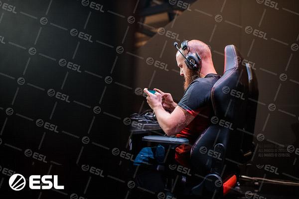 ESL_Mobile_Open_Season1-Finals__5