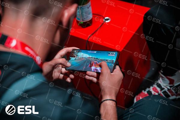ESL_Mobile_Open_Season1-Finals__16