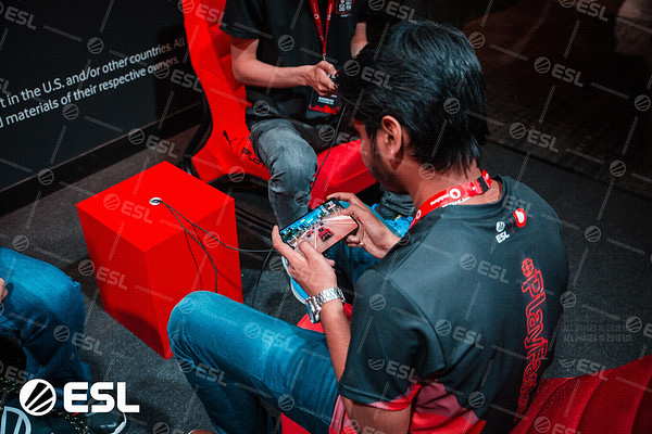 ESL_Mobile_Open_Season1-Finals__17