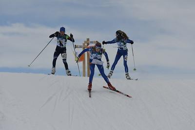NEM, tytöt, Lotte-Line Ekström (edessä), Liisa Peltonen (oikealla)