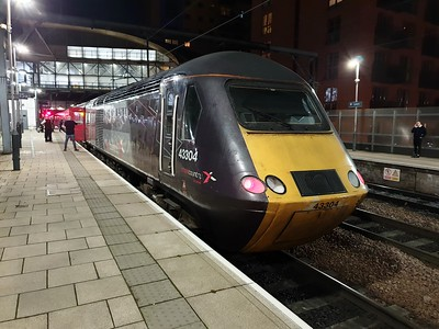 43304_43285 1806/1s51 Plymouth-Glasgow Central at Leeds   29/12/19