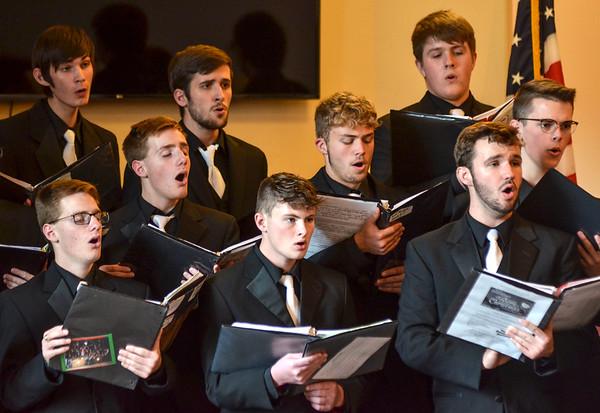 MET 111419 THN Choir Close