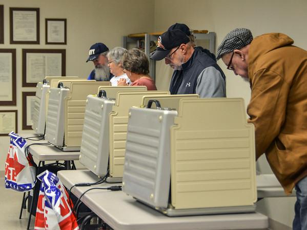 MET 110419 Voters