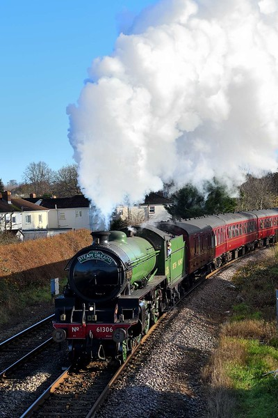 """29 November 2019 :: LNER B1 class 4-6-0 no 61306 """"Mayflower"""" leaves Eastleigh on the line to Romsey leading IZ16, the Steam Dreams tour from West Brompton to Bath"""