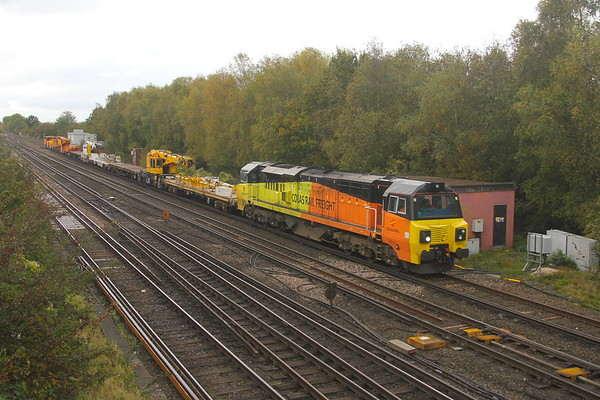 70813 Worting Junction 21/10/19 6V27 Eastleigh to Hinksey with SB Rail cranes DRK81626, DRK81623 and Colas crane DRK81612