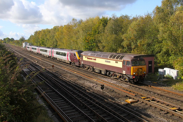 57305 Worting Junction 19/10/19 5M98 Eastleigh to Barton under Needwood with 220019