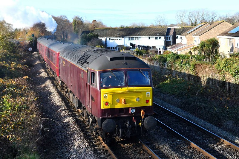 29 November 2019 :: On the rear of IZ16, the Steam Dreams tour from West Brompton to Bath is 47802 and seen heading away from Eastleigh