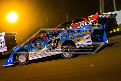 Kyle Bronson (40B) and Tim McCreadie (39)