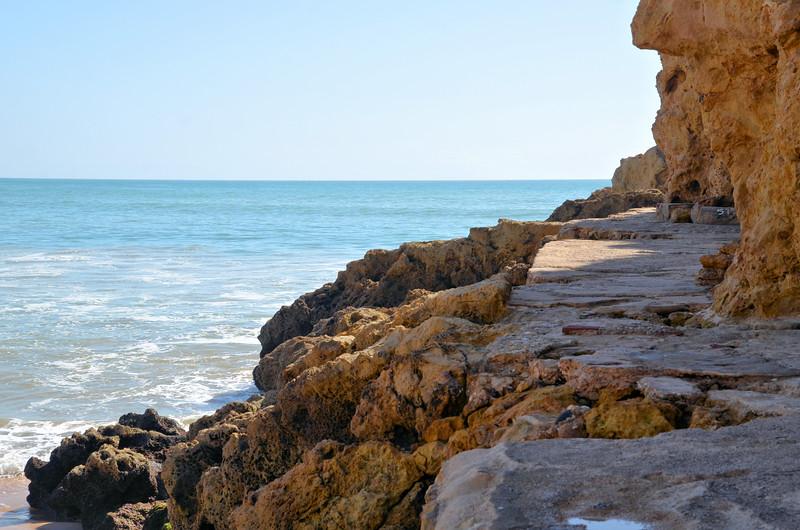 Along the cliffs in Albufeira