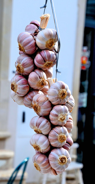 Garlic at Loulé Farmers Market