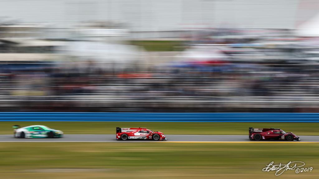 Rolex 24 at Daytona - IMSA WeatherTech SportsCar Championship - Daytona International Speedway - 31 Whelen Engineering Racing, Cadillac DPi, Felipe Nasr, Eric Curran, Pipo Derani