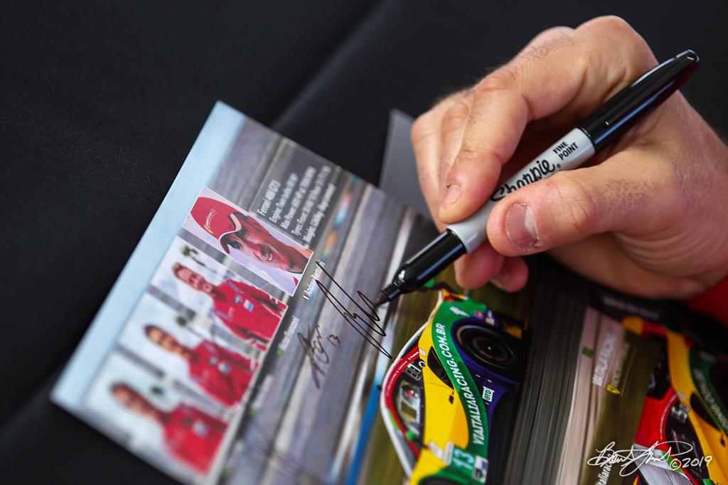 Rolex 24 at Daytona - IMSA WeatherTech SportsCar Championship - Daytona International Speedway - 13 Via Italia Racing, Ferrari 488 GT3, Chico Longo, Victor Franzoni, Marcos Gomes, Andrea Bertolini