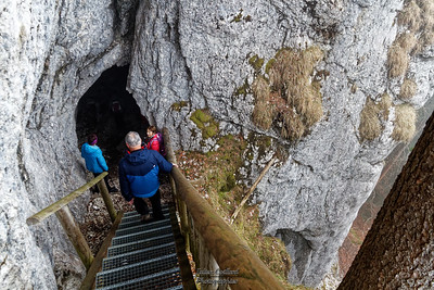 A la grotte