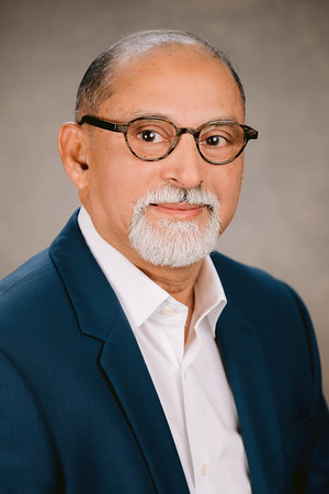 Professional Headshot by: Robb McCormick Photography - https://www.robbmccormick.com