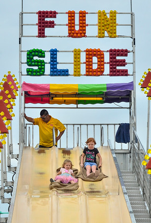 MET 083119 Fun Slide