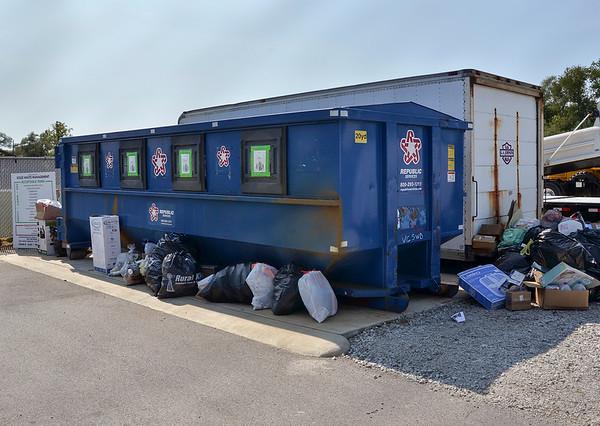 MET 090919 Republic Dumpster