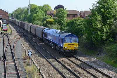 16 May 2019 :: 66005 is passing Kidderminster with 6V05 from Round Oak to Margam
