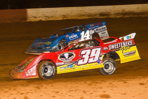 Tim McCreadie (39) and Josh Richards (14)