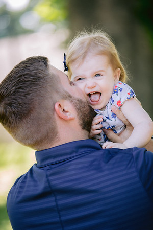 Portrait and Family Photographer - Columbus, Ohio