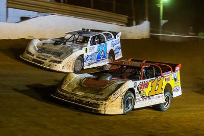 Jared Hawkins (11) and Hudson O'Neal (71)