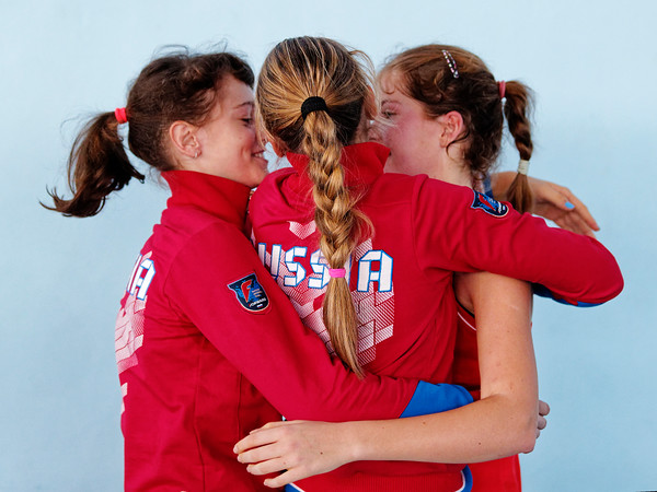 01.01j Team happy after winning final - Russia - Tennis Europe Winter Cups by HEAD final girls 14 years and under 2019