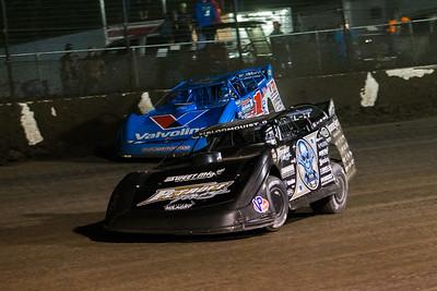 Scott Bloomquist (0) and Brandon Sheppard (1)
