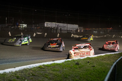 Brent Larson (B1), Tim McCreadie (39), Jimmy Owens (20), Brandon Overton (2) and Don O'Neal (5)