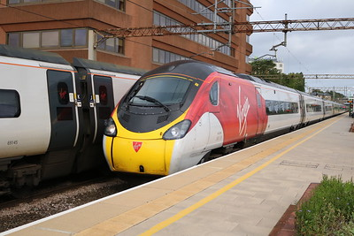 390135 0845/1A08 Manchester Piccadilly-Euston
