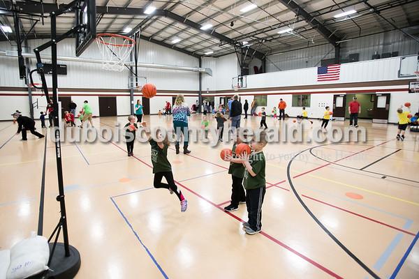JHNWS 2-13 BittyBasketball 05 DV.JPG