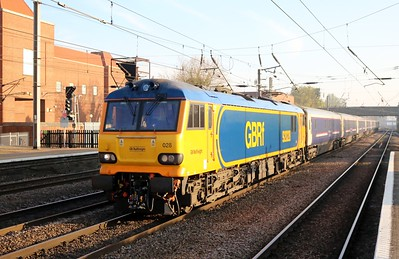 92028 0721/1E39 Inverness-Kings Cross diverted Caledonian sleeper