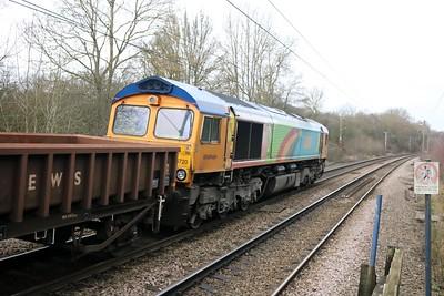66720 1247/6L37 Hoo-Whitemoor passing Bayford