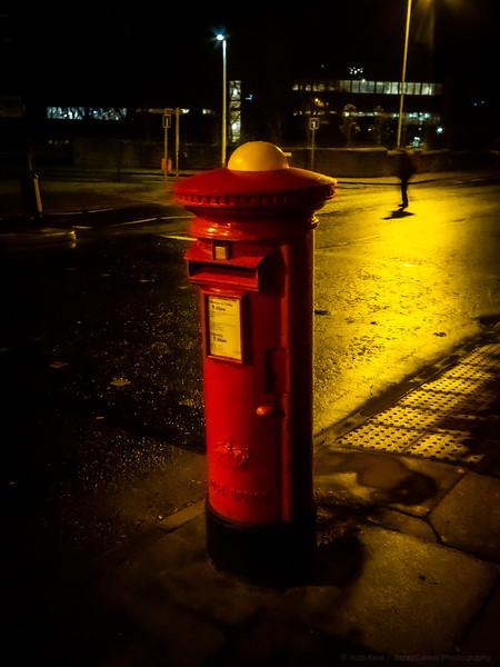 Pillar Box Hat