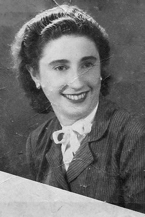 Mae Lore  (3)