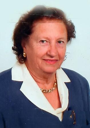 Mae Lore  (6)