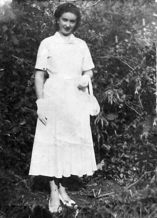 Mae Lore  (2)