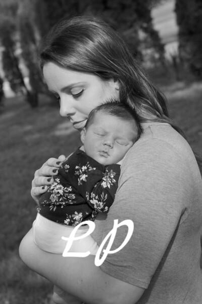 Emilia Newborn (4)