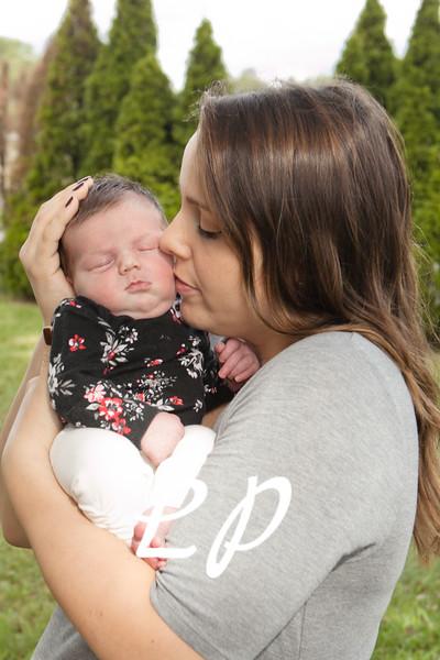 Emilia Newborn (11)