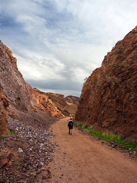 Going toward Hoover Dam on the Historic Railroad Trail, Lake Mead National Recreation Area, Nevada