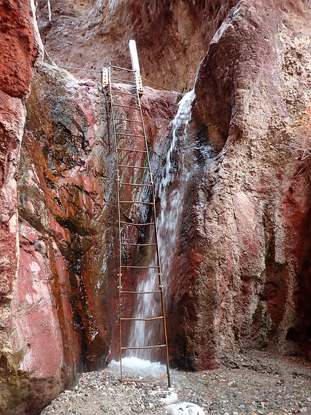 The ladder used to reach Arizona Hot Spring