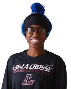 2021 UWL Womens Basketball Headshots 0031