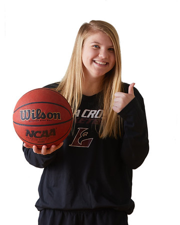 2021 UWL Womens Basketball Headshots 0015